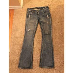 Piama Distressed Flare Jeans Light Wash